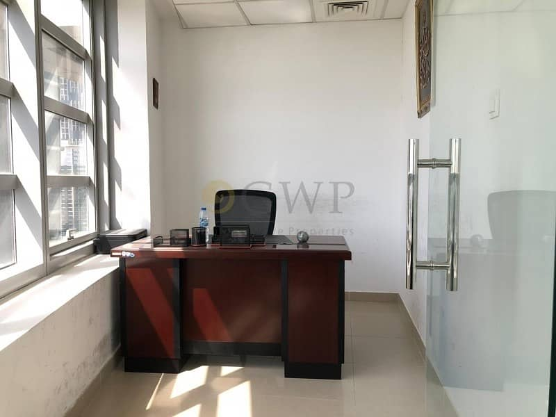 10 Full Canal View Fully Furnished 2 Parking