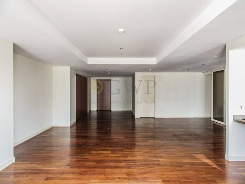 Largest 3 Bed + Maids|Plenty of Light|Great Location