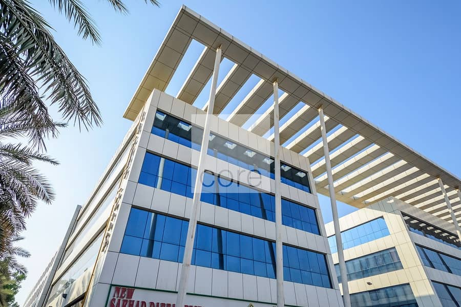 11 Spacious fitted office in EBC for rent