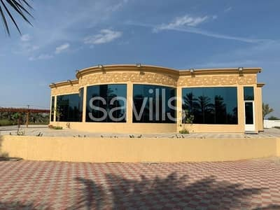 6 Bedroom Villa for Sale in Sheikh Muhammad Bin Salem Road, Ras Al Khaimah - Luxury Villa/Mazra 5+1 master bedroom on the main road