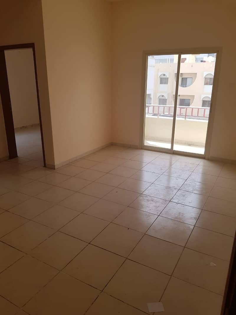 Great Deal!!! 1BHK with spacious hall and separate kitchen with fitted cabinets, located in Al Yarmook area Sharjah, close to Gold Center