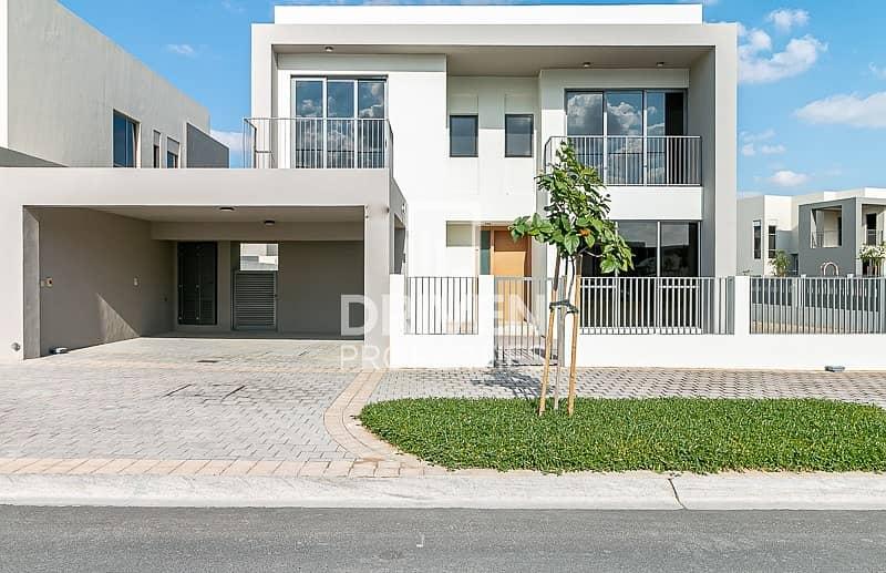 Single Row and E3 Type | 4 Bedroom Villa