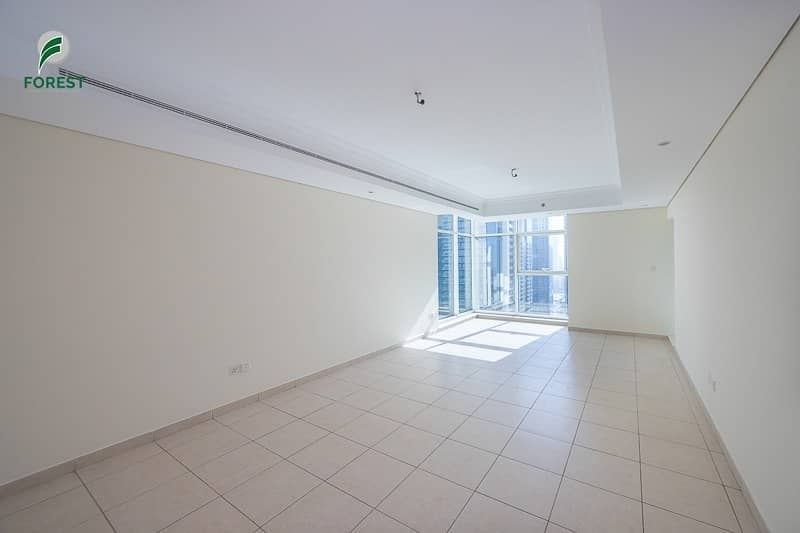 2 Luxury 2BHK plus Maid with Lake View Unfurnished