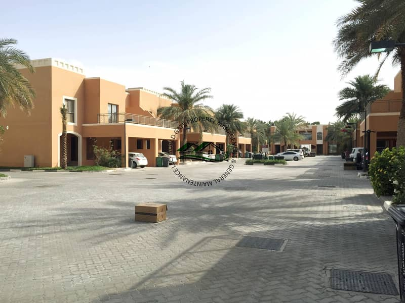 High-end Community with Complete and Family-oriented Amenities