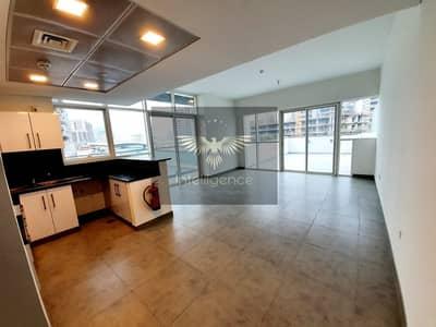 شقة 1 غرفة نوم للايجار في شاطئ الراحة، أبوظبي - Spacious Balconies! Brand New Unit w/ Open Kitchen