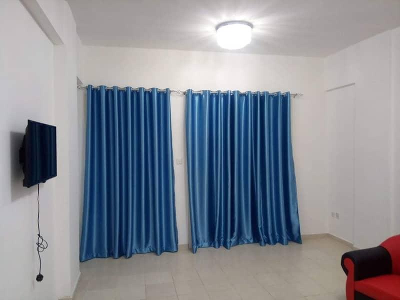شقة في الحي البريطاني المدينة العالمية 1 غرف 27000 درهم - 4510276