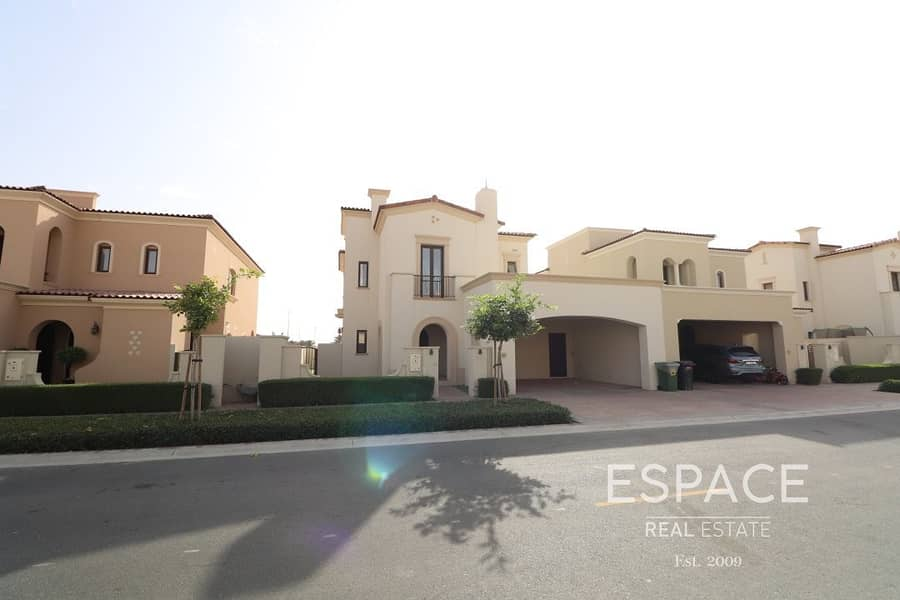 11 Spacious 3 Beds with a Landscaped Garden