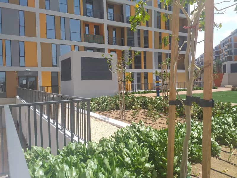 Brand New| Close Kitchen!One Bedroom with parking in Mid Town