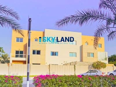 فیلا 5 غرف نوم للبيع في الريف، أبوظبي - A Great Investment in Prime Area for Only 1.930M