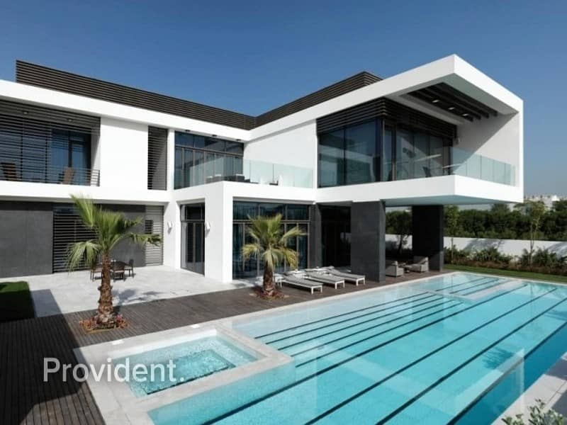 Luxury 7 B/R Contemporary Mansion   District One