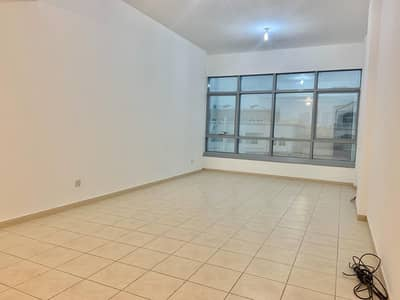 3 Bedroom Flat for Rent in Al Nahyan, Abu Dhabi - Lavish 03 Bedrooms Huge Hall,Kitchen And Maids Room And Balcony Located Al Nahyan Only 75K.
