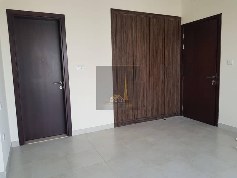 Huge 2 Bedroom apartment in attractive price