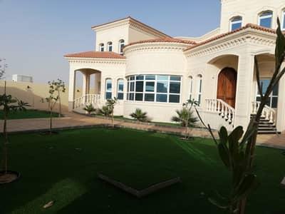 فیلا 5 غرف نوم للايجار في جنوب الشامخة، أبوظبي - فیلا في جنوب الشامخة 5 غرف 150000 درهم - 4538770