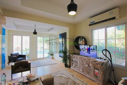 فیلا 3 غرف نوم للبيع في الينابيع، دبي - Large corner plot I private pool partial lake view