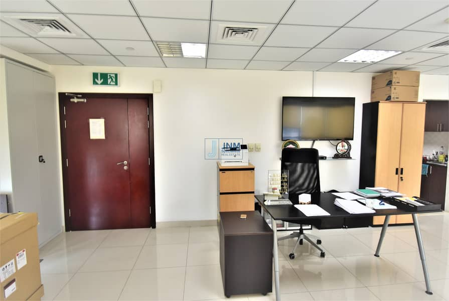 14 Fitted Office | Low Floor| Lake View