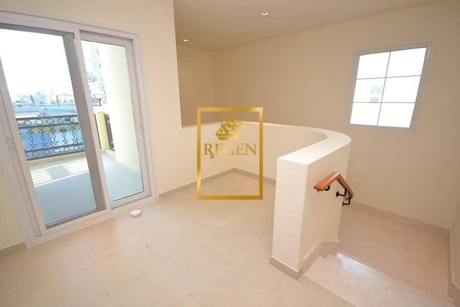 10 Two Bedroom Hall Nakheel Villa For Rent - Arabic Style