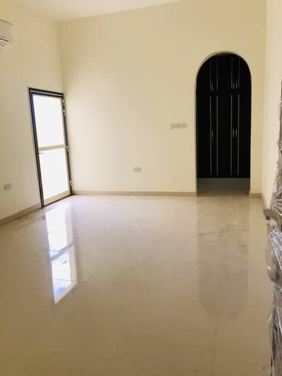 11 Bedroom Villa for Rent in Al Foah, Al Ain - Brand new villas on main al it had road