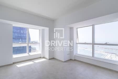 2 Bedroom Flat for Rent in Dubai Marina, Dubai - Bright 2 Bedroom Unit with Full Sea View