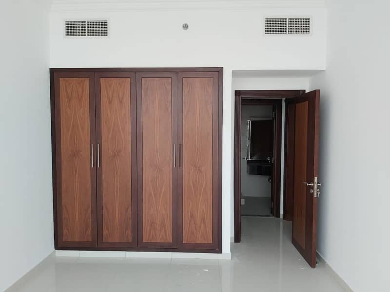 2 ROOMS +1 MONTH FREE + FREE BOOLS+ FREE BOSITION +