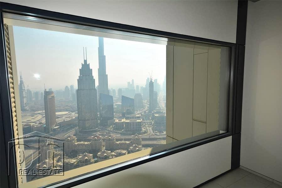 2 Burj Khalifa View|Chiller free/AC| Best Value