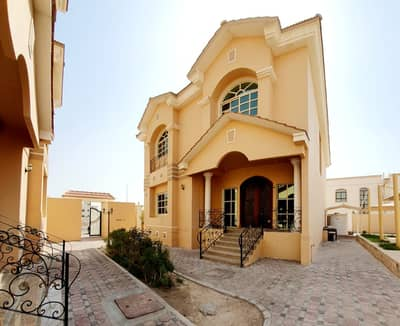 5 Bedroom Villa for Rent in Mohammed Bin Zayed City, Abu Dhabi - Villa within a sophisticated complex 5 master rooms