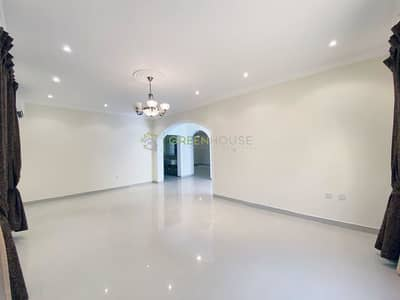 4 Bedroom Villa for Rent in Jumeirah Village Circle (JVC), Dubai - Large Bedrooms! 4 B/R Villas for Hotel Staff / College Students etc. in JVC