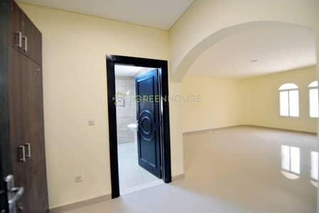 فیلا 4 غرف نوم للايجار في قرية جميرا الدائرية، دبي - Ready to Move-in 4-BR villas for Airline Staffs / University Students / School Staffs in JVC