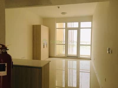Studio for Rent in Jumeirah Village Circle (JVC), Dubai - Top-notch Finishing Bldg. | Large Studio Apt. | Platinum | J.V.C.