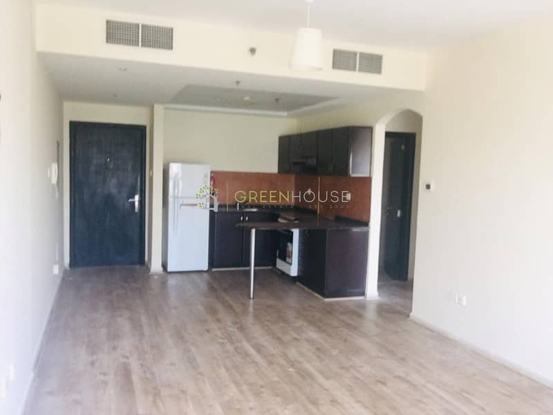 2 Spacious Studio | Affordably Priced Apt. in Diamond View II