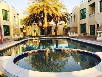 فیلا 5 غرف نوم للايجار في القرهود، دبي - 4 Cars Parking Space with Pantry and Maids Room Plus Shared Pool and GYM | 5BHK Compound Villa