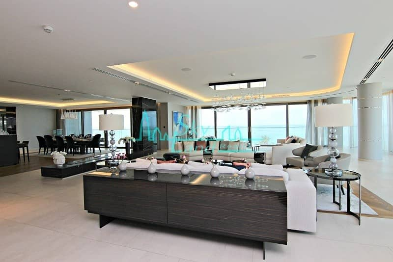 Luxurious 4 Bed Apartment with Stunning Sea Views