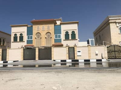 4 Bedroom Villa for Rent in Al Rifah, Sharjah - Prestigious 4 Bedroom Villa in Alrefaa Sharjah