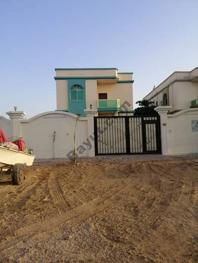 For rent villa excellent location in Al Mowaihat 1