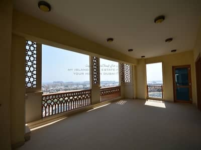 3 Bedroom Flat for Rent in Palm Jumeirah, Dubai - Large terrace | Sea view | 2 allocated parking