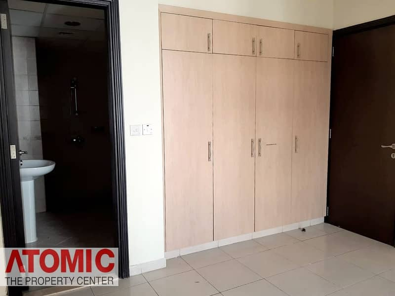 10  FOR RENT IN CBD
