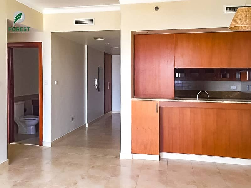 2 Spacious 1 Bedroom Apartment Vacant Unfurnished