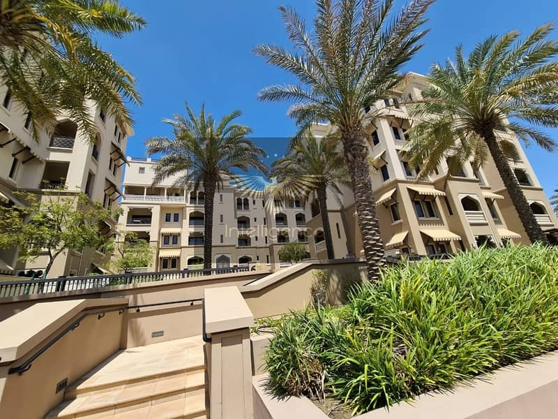 Ideal Luxurious Apartment for a Great Investment!
