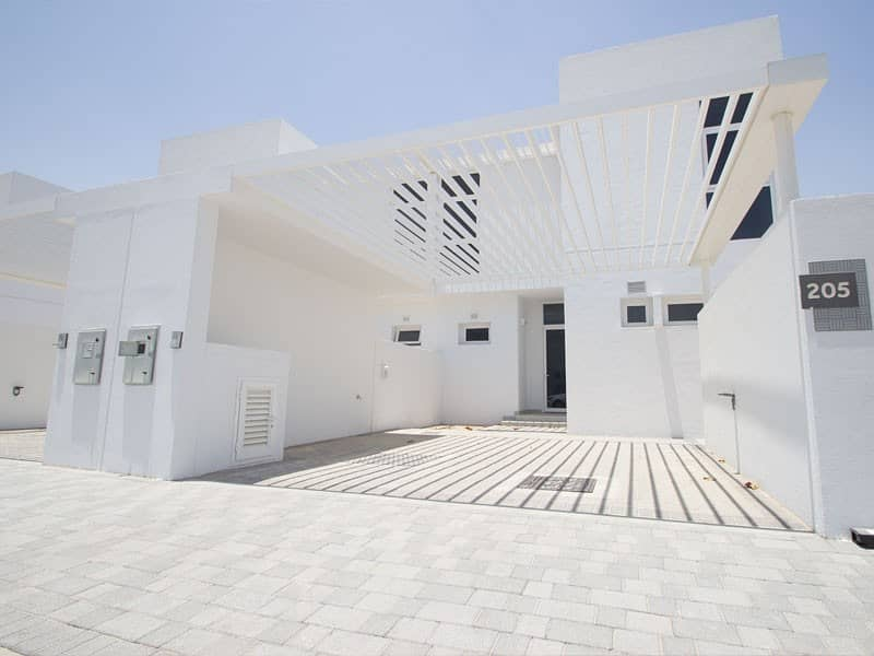 Single row villa| 20 mins to MOE|Pay in 6 years |