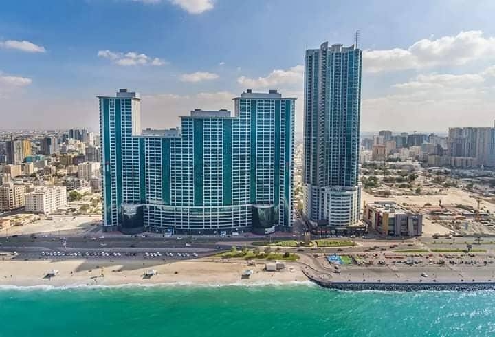 """للبيع شقة في امارة عجمان الكورنيش ابراج """"الريزدنس"""" اطلالة مفتوحة على المدينة"""