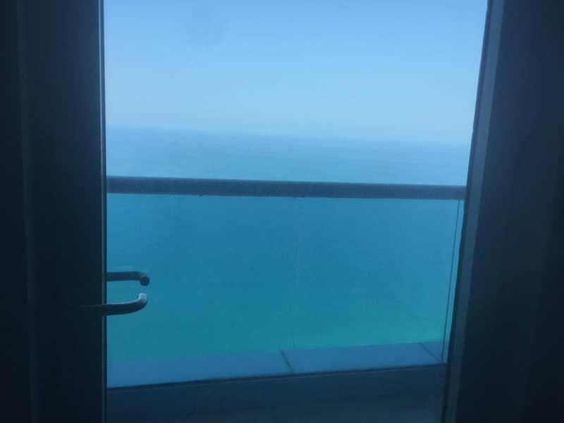 تملك شقة دوبلكس فاخرة على بحر عجمان باحد افضل الابراج في الامارات وبخطة سداد 7 سنوات