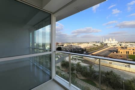 شقة 2 غرفة نوم للايجار في مدينة زايد الرياضية، أبوظبي - Gorgeous 2 Bedrooms + Balcony View of Grand Mosque