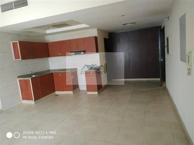 2 STUDIO ! 6 CHEQUES ! 7 TO 8 MINUTES BY BUS TO DAFZA METRO LOCATED NEXT TO BILLO ICE CREAM DAMASCUS ROAD IN 27K
