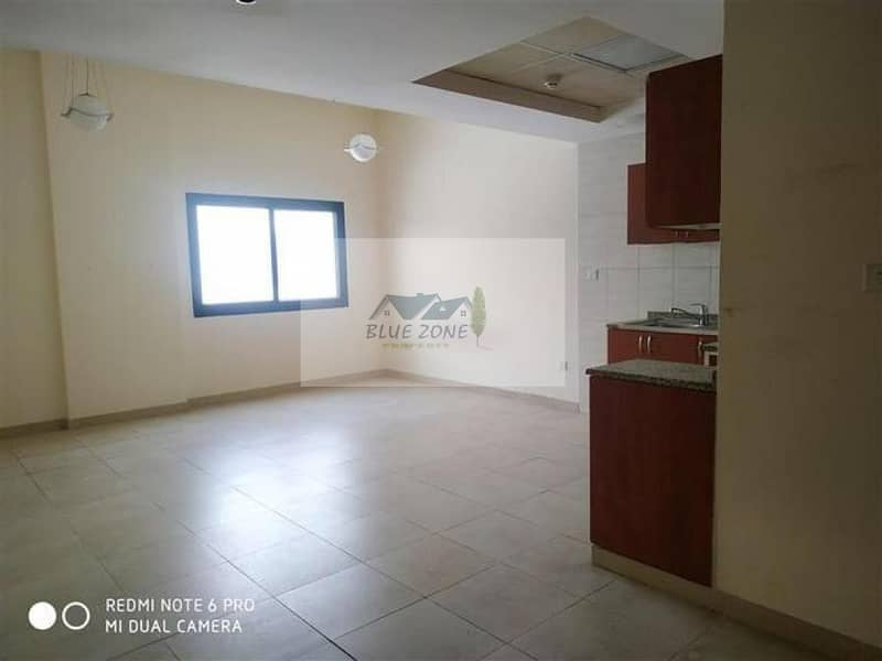 STUDIO ! 6 CHEQUES ! 7 TO 8 MINUTES BY BUS TO DAFZA METRO LOCATED NEXT TO BILLO ICE CREAM DAMASCUS ROAD IN 27K