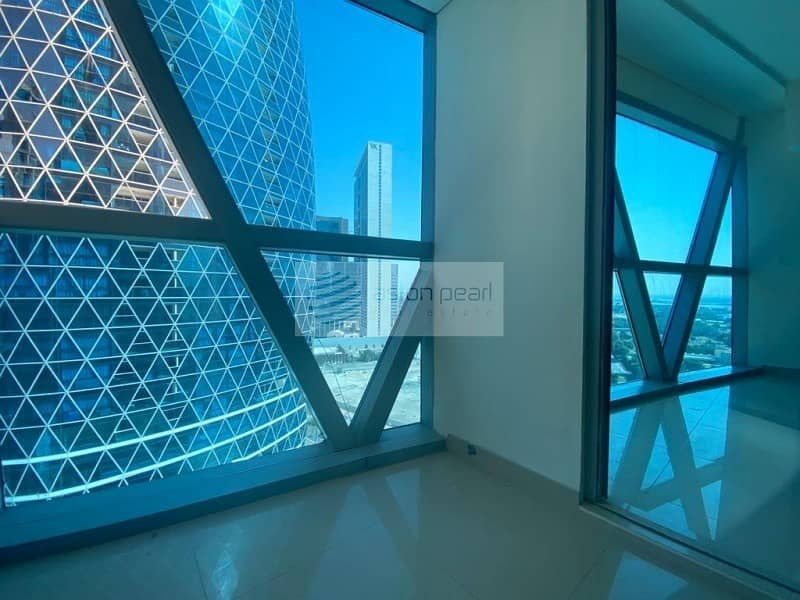 Bright Apartment | One Bedroom | Park Tower