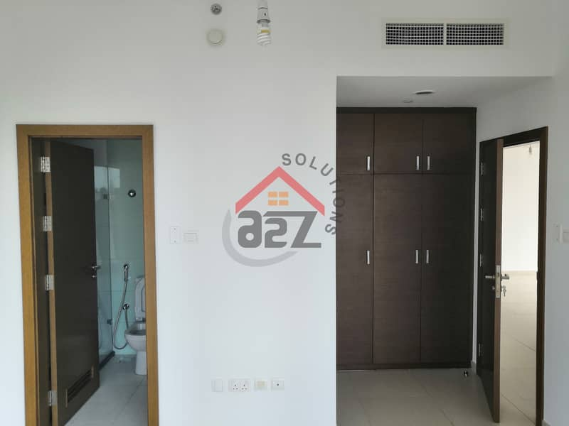 2 Great Offer In Gate 2 BHK