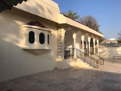3 Bedroom Villa for Rent in Musherief, Ajman - BEST BARGAIN - 3 BEDROOM HALL MAJLIS MULHAQ MAIDROOM - BIG HOSH - MAIN ROAD