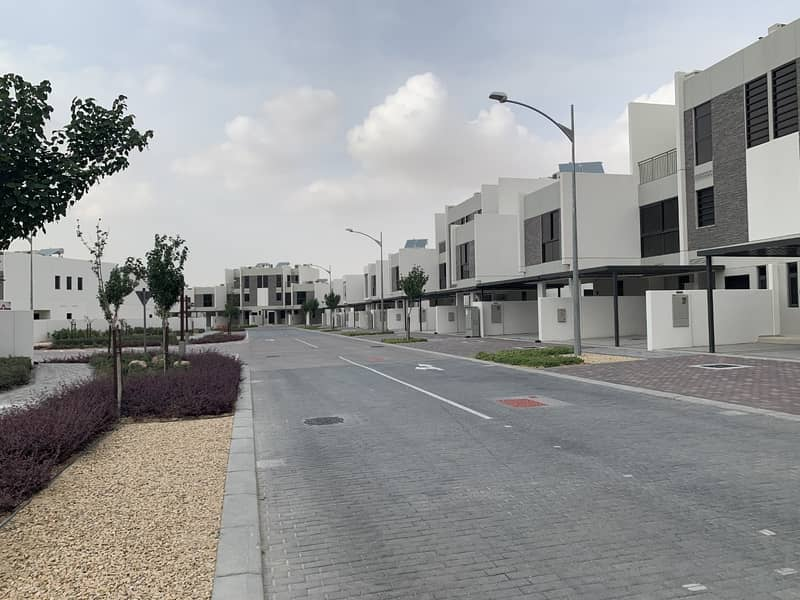 9 Brand New 5BR Townhouse |  Akoya Oxygen | No Commission