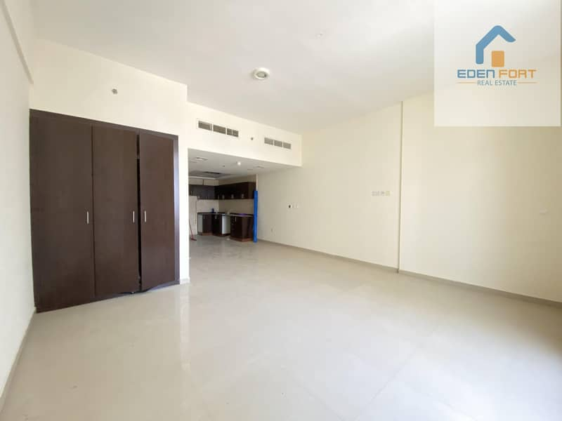 AMAZING UNFURNISHED STUDIO IN DUBAI SPORTS CITY
