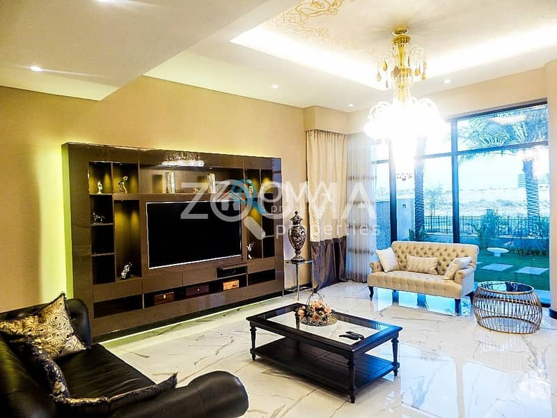 2 Great Investment   Luxurious Upgraded Villa+Maid