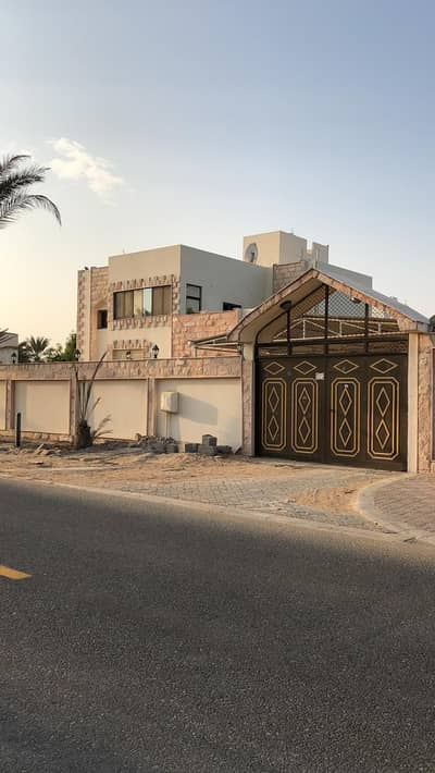 7 Bedroom Villa for Rent in Al Gharayen, Sharjah - Amazing double storey in AL qurain for rent we have 7 BR  6 bathrooms 1 kitchen and parking area. .